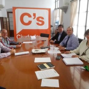 Intensa jornada de Juan Marín en la provincia de Huelva
