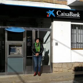 """La alcaldesa de Cumbres de San Bartolomé denuncia el cierre """"parcial"""" de una oficina bancaria"""