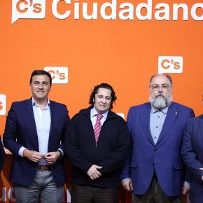 Ciudadanos expone a los autónomos los beneficios que provocarán sus políticas económicas