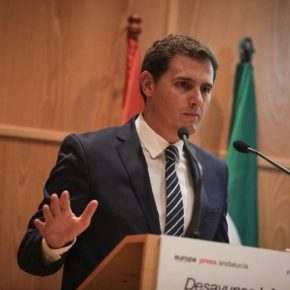 """Rivera (Cs): """"Ciudadanos trabaja por volver a ilusionarnos con nuestro país y construir un futuro con las reformas que España merece"""""""