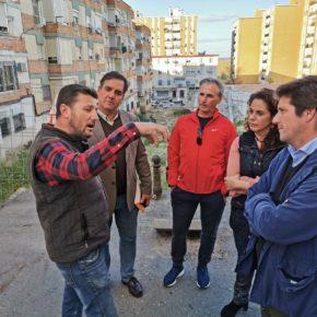 Ciudadanos pide al alcalde un plan de limpieza en la plaza de Andalucía y reanudar las obras en Los Templetes