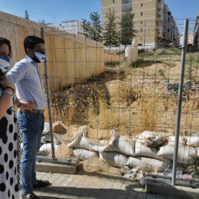 Cs denuncia una nueva paralización en las obras de la Plaza Andalucía de La Orden, que lleva 10 meses de retraso
